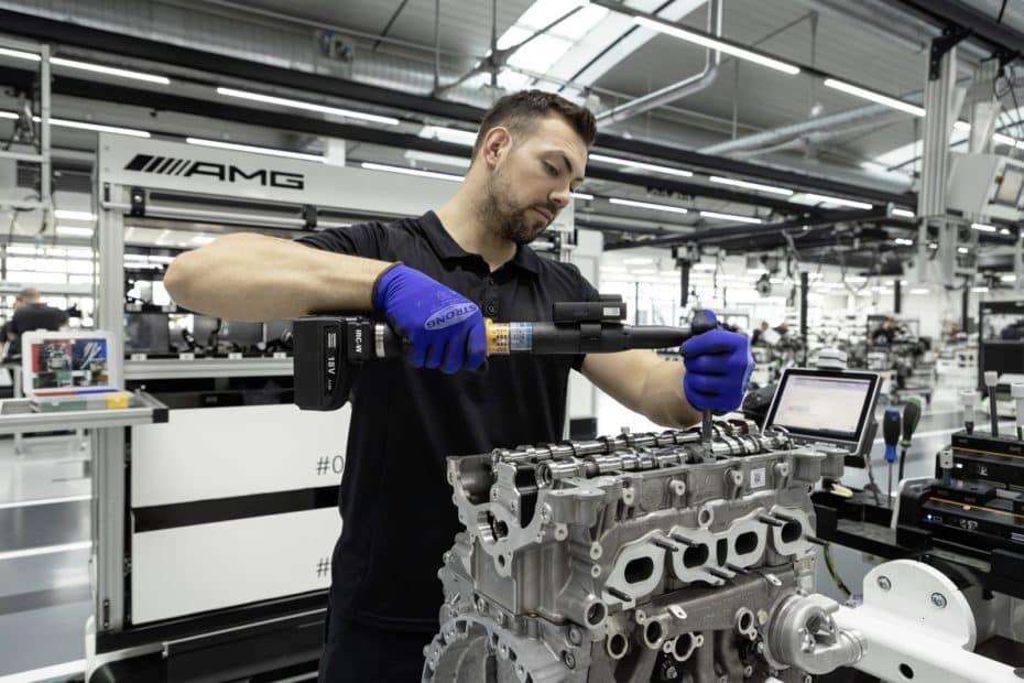 Así es el motor M 139 de Mercedes-AMG: Un cuatro cilindros turbo de 2.0 litros y 421 CV