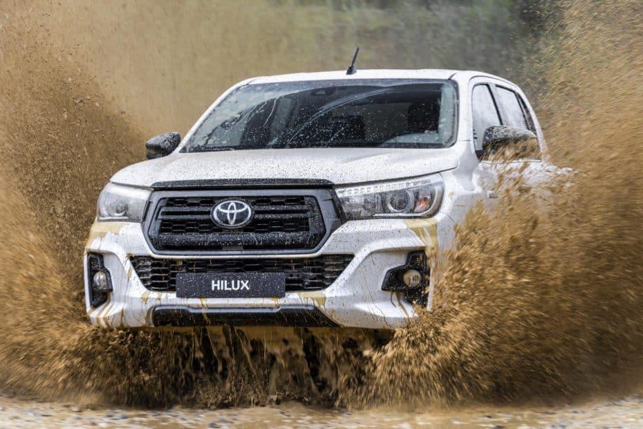 Llega el Toyota Hilux Legend Black