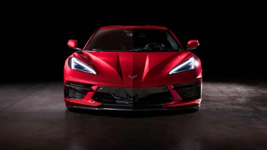 Llaman a revisión al Corvette C8 por algo que es culpa de sus conductores
