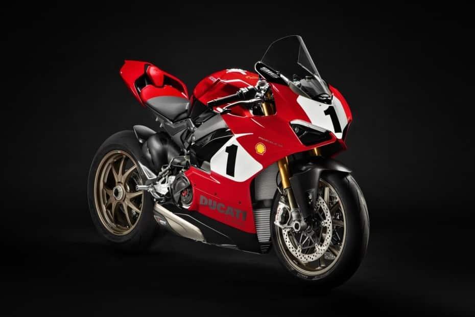 Ducati Panigale V4 25 Anniversario 916: Solo 500 ejemplares con escape Akrapovič y más de 214 CV