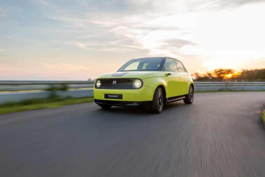 Honda revela más detalles del Honda e: Un motor de unos 150 CV y algo más de 300 Nm de par