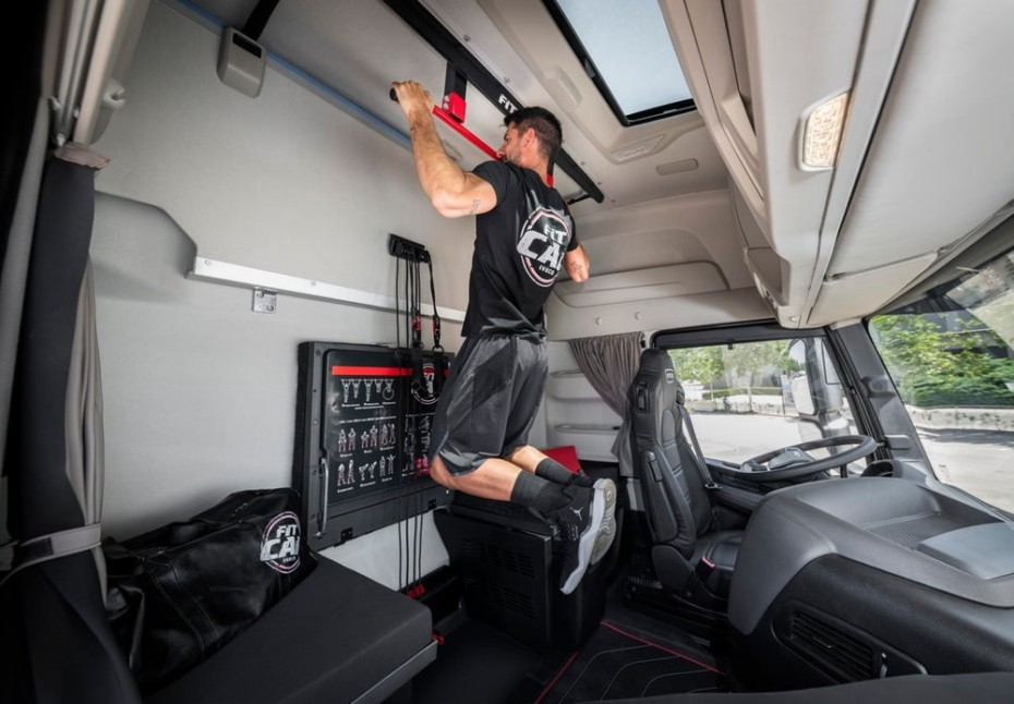 ¿Por qué Iveco ha convertido la cabina de este camión en un gimnasio?