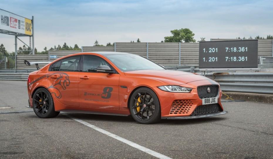 El Jaguar XE SV Project 8 bate su propio récord en Nürburgring: 7minutos 18,361segundos