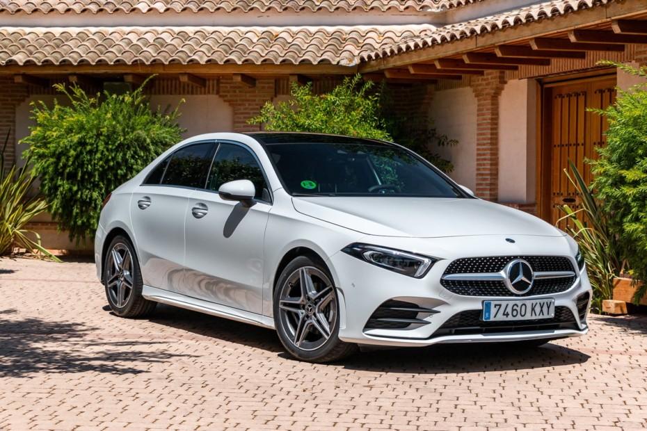 Primera prueba Mercedes-Benz Clase A Sedán 2019: El acceso a las berlinas 'premium' de la estrella