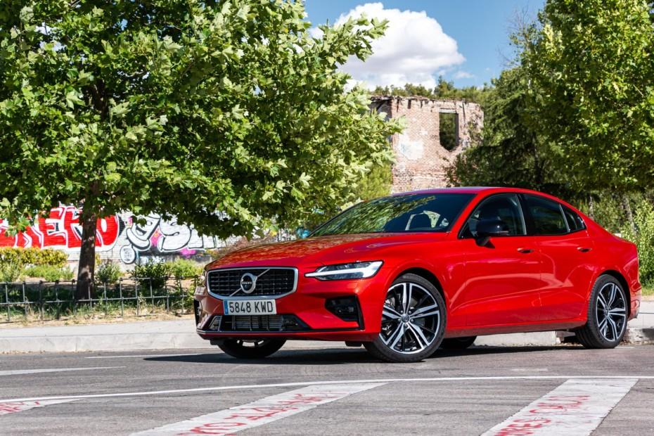 Prueba Volvo S60 T5 250 CV R-Design 2019: Los suecos siguen presionando al trío alemán