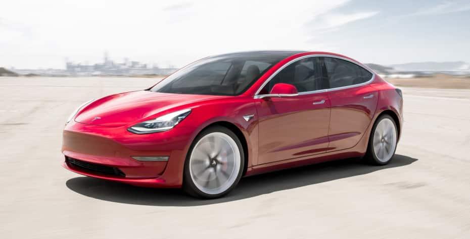Así le ha ido al Tesla Model 3 en Europa: La marca no puede tener queja