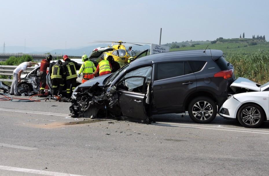 ¿Quién paga los gastos médicos en un accidente de tráfico?