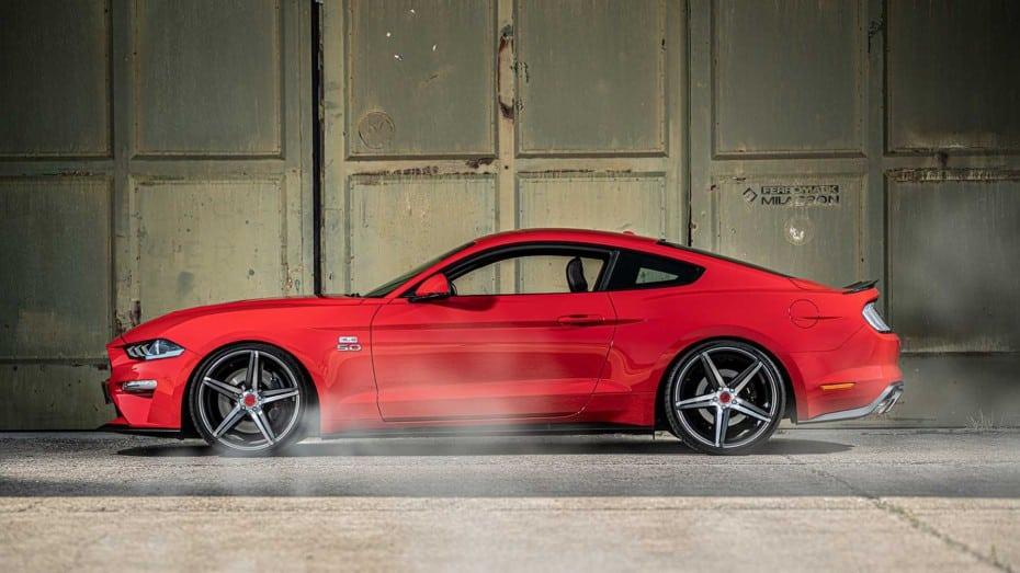 Hasta 245 CV extra para el Ford Mustang GT europeo: 745 'ponis' de puro musculo americano