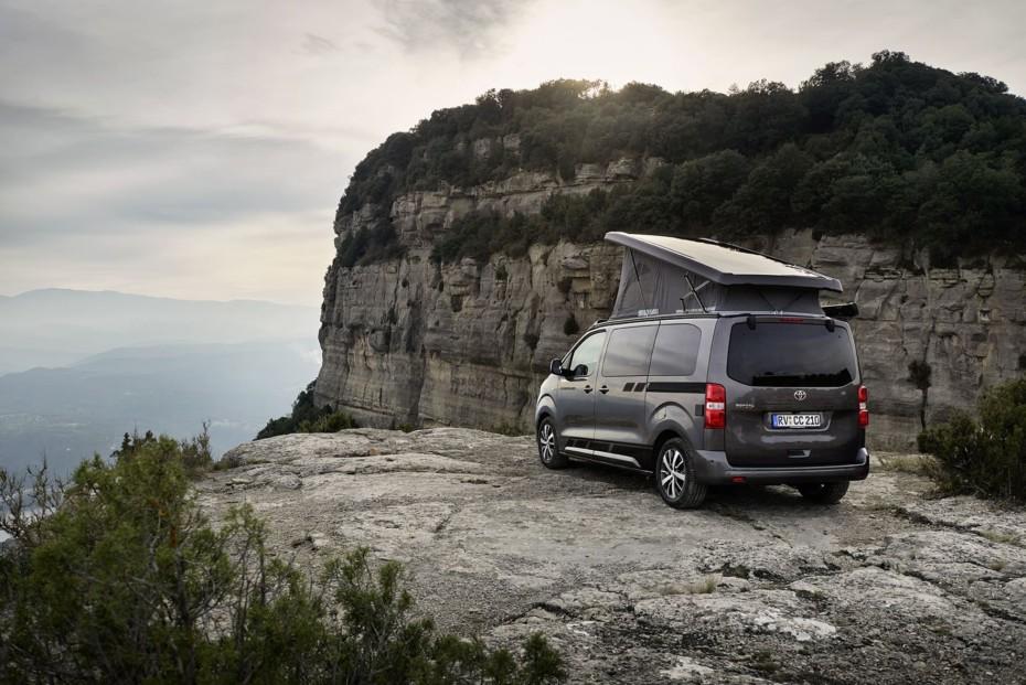 Vehículo familiar, comercial o camper: El Crosscamp es el Toyota Proace más polivalente