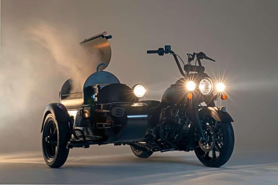 La moto perfecta para el fin de semana tiene una barbacoa en la que caben hasta 7 costillares