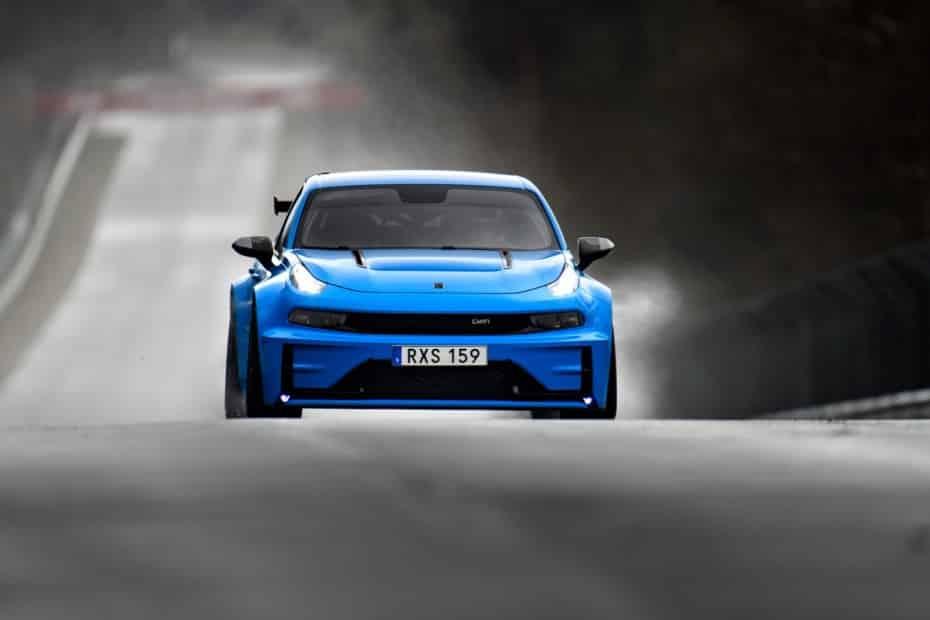 El tracción delantera y el cuatro puertas más rápido de Nürburgring es un coche chino…