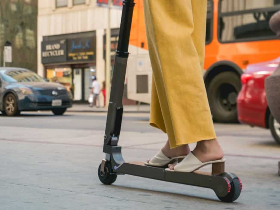 Las marcas de coches también apuestan a la creación de patinetes eléctricos