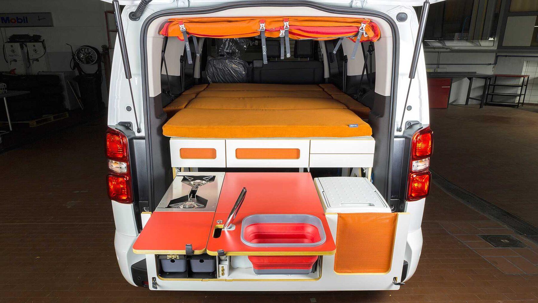 Las Ultimas Camper Compactas De Peugeot Son El Claro Ejemplo De Como Se Puede Optimizar El Espacio