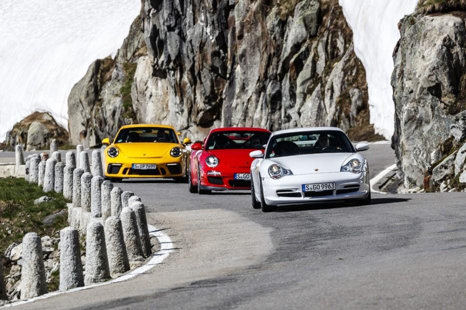 El Porsche 911 GT3 cumple 20 primaveras: ADN de competición en la carretera