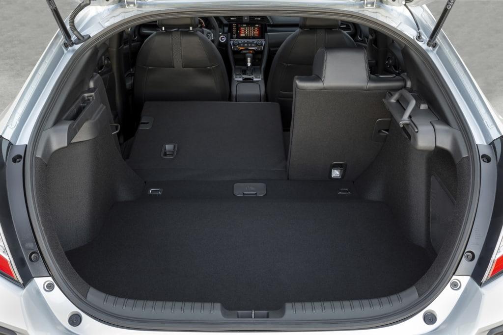 Honda Civic 10ªgen Facelift (2020) 15