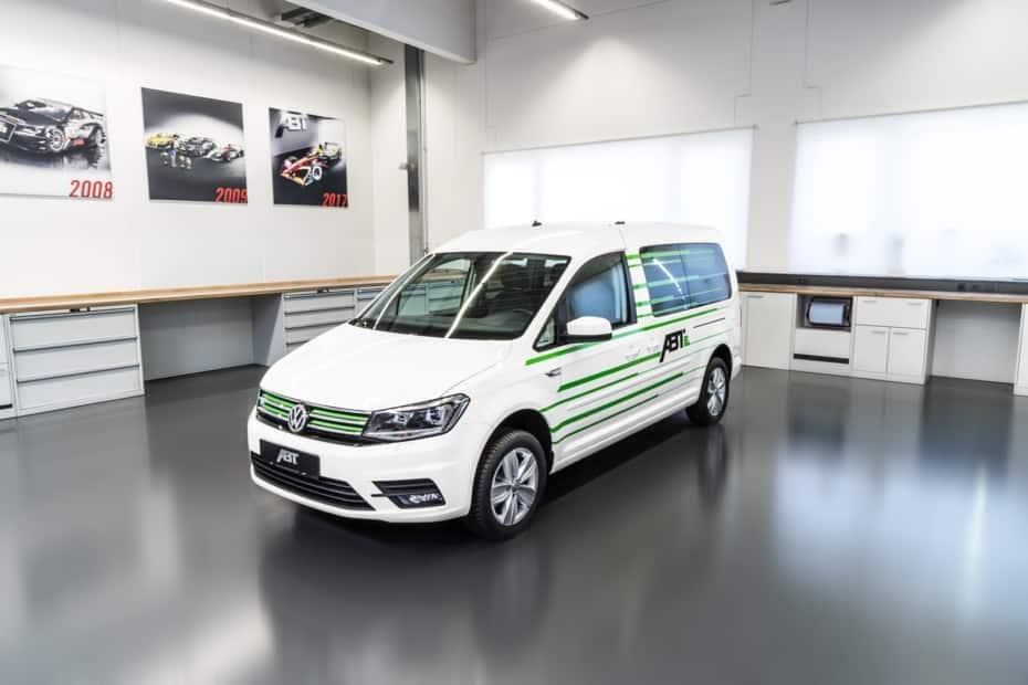 Así es el ABT e-Caddy 2019: 110 CV y 220 km de autonomía para el MPV eléctrico