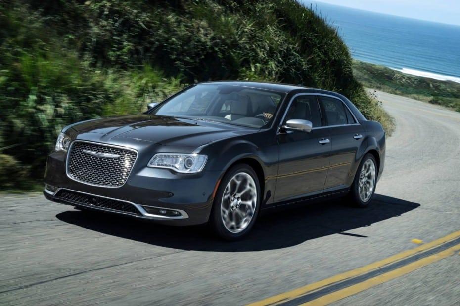 Así es el renovado Chrysler 300 MY2020: Hablar de sutiles cambios es mucho decir