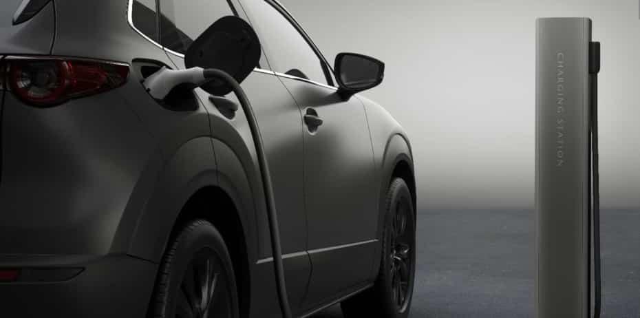 El primer eléctrico de Mazda será un crossover con carrocería coupé: Lo conoceremos en unos días