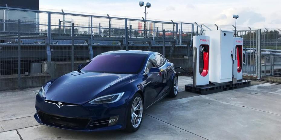 Tesla habría mejorado el tiempo en Nürburgring del Porsche Taycan Turbo
