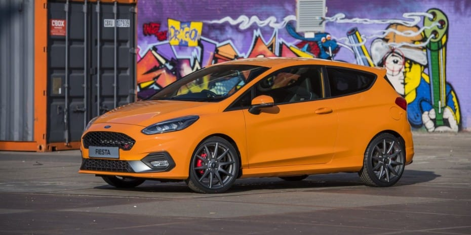 Los 7 coches deportivos más baratos del 2020 en España