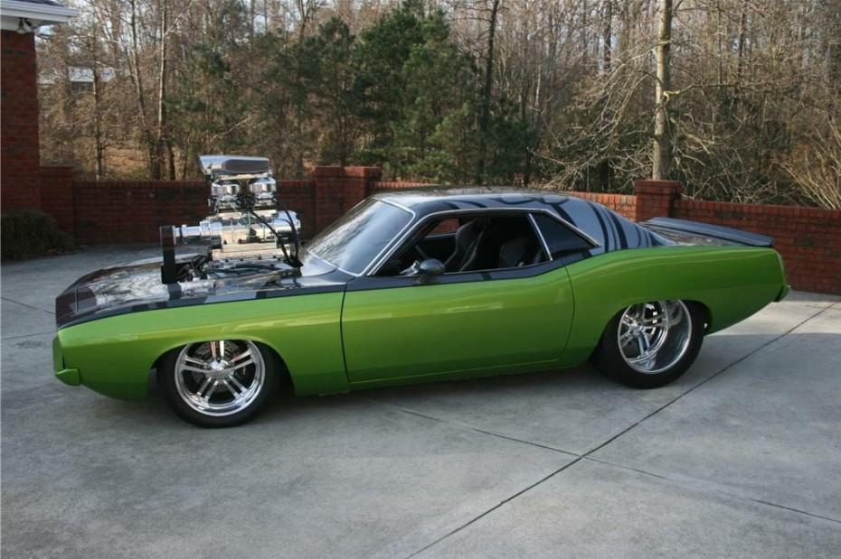 Es tu oportunidad de hacerte con el salvaje 'Frankencuda' V8 Hemi de 'Fast & Furious 5'