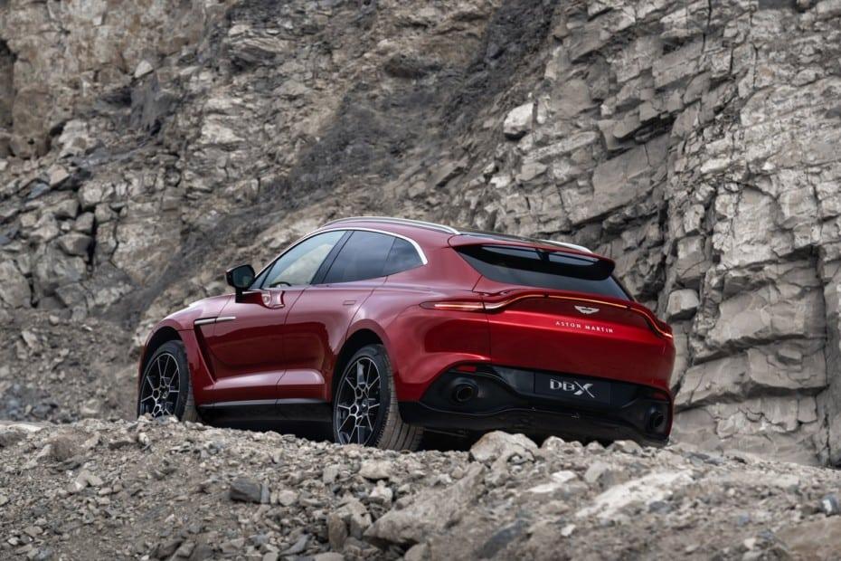 Aston Martin registra una fuerte demanda de su primer SUV: ¿El fin de los problemas?