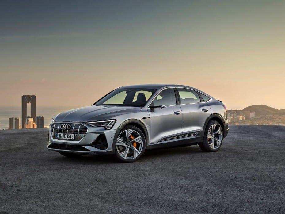 Llegan los Audi e-tron 50 y e-tron Sportback: Derroche de tecnología a precio de oro