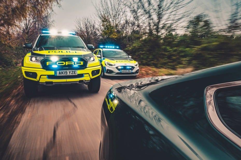 Atento a las bestias de Ford que ha comprado la policía en Reino Unido…