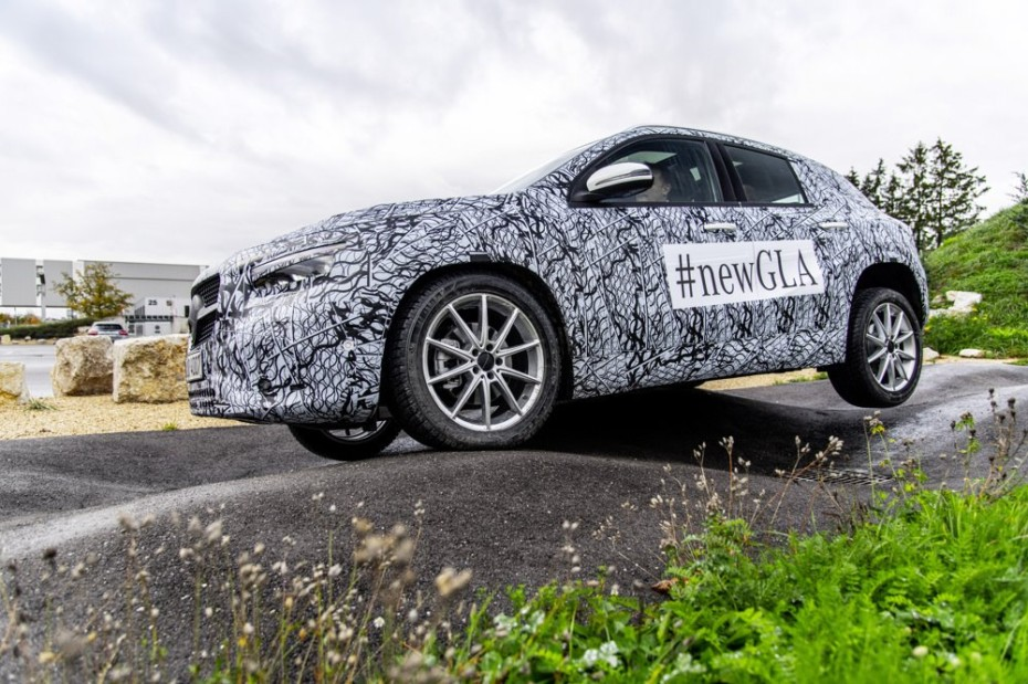 Mercedes nos habla sobre la versatilidad que ofrecerá el nuevo GLA…