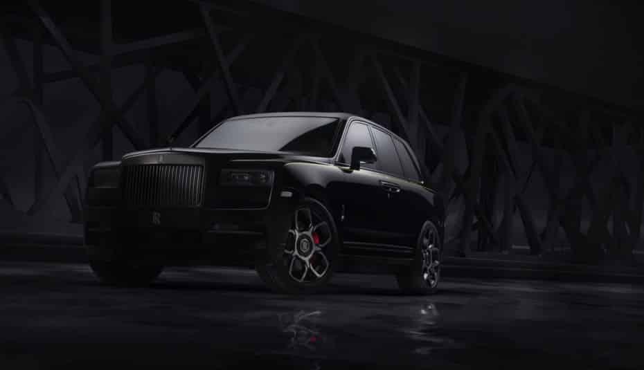 ¡Todo al negro!: Así es el Rolls-Royce Cullinan Black Badge