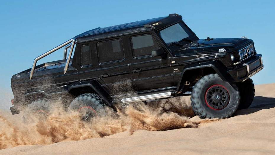 Este Mercedes-AMG G63 6×6 completamente eléctrico es verdadero un juguete para surcar las dunas