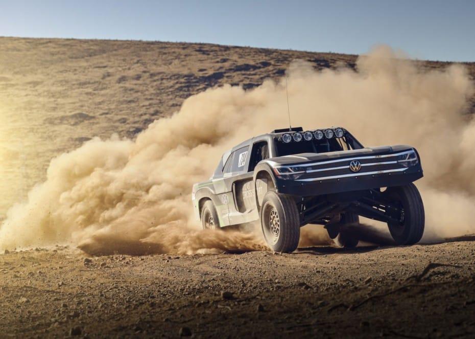 Volkswagen Atlas Cross Sport R: La bestia para la Baja 1000 que parece sacada de Mad Max