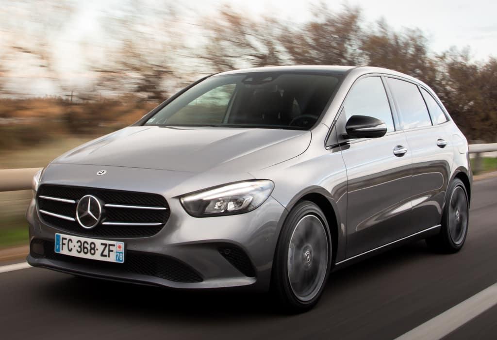 El Mercedes Clase B estrena versión con tracción total - Autonoción