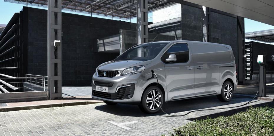 Peugeot e-EXPERT: Dos baterías y dos autonomías como sus hermanas de grupo