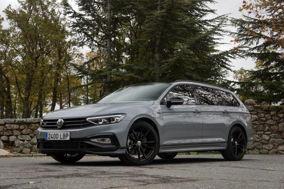 Primera prueba Volkswagen Passat MY2020: Manejamos el exclusivo R-Line Performance con 272 CV