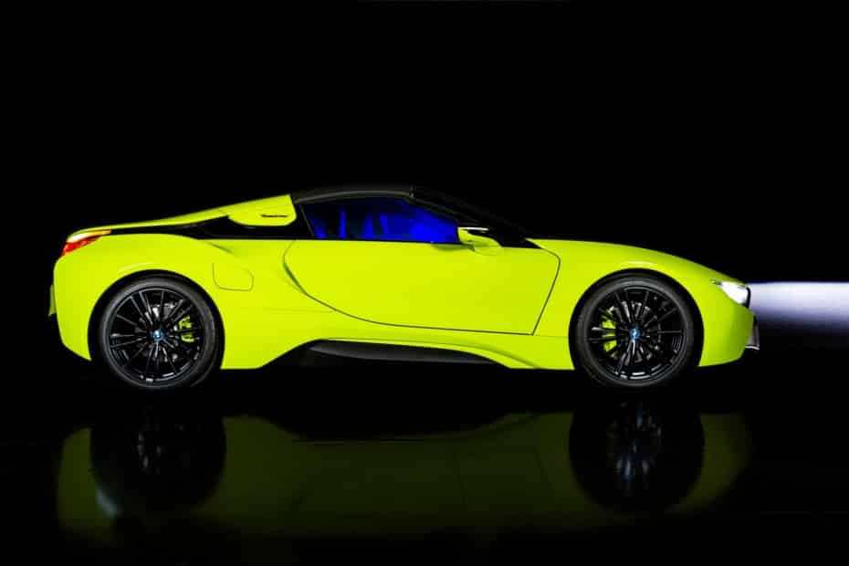 BMW i8 Roadster LimeLight Edition: Exclusivo y sostenible a partes iguales