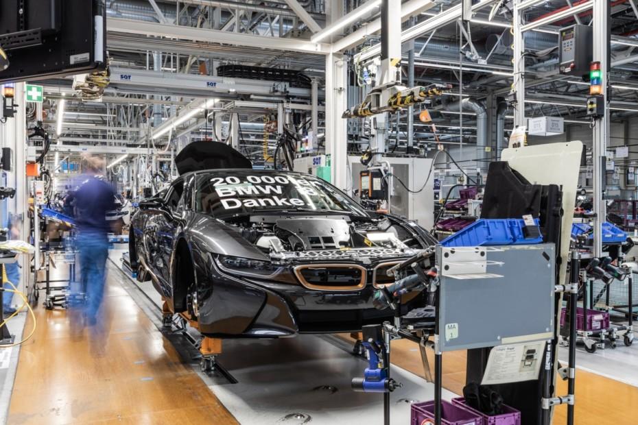 El BMW i8 se despedirá de nosotros en 2020, pero queda BMW i3 para rato….