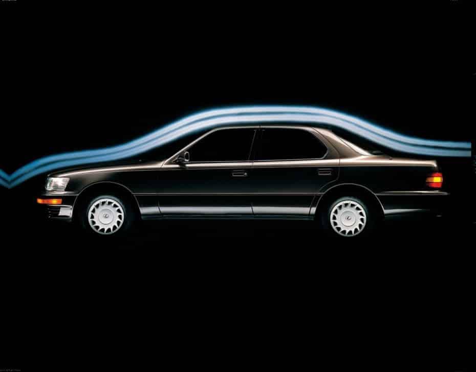 El Lexus LS cumple 30 primaveras: Tres décadas del Clase S nipón que revolucionó el mercado