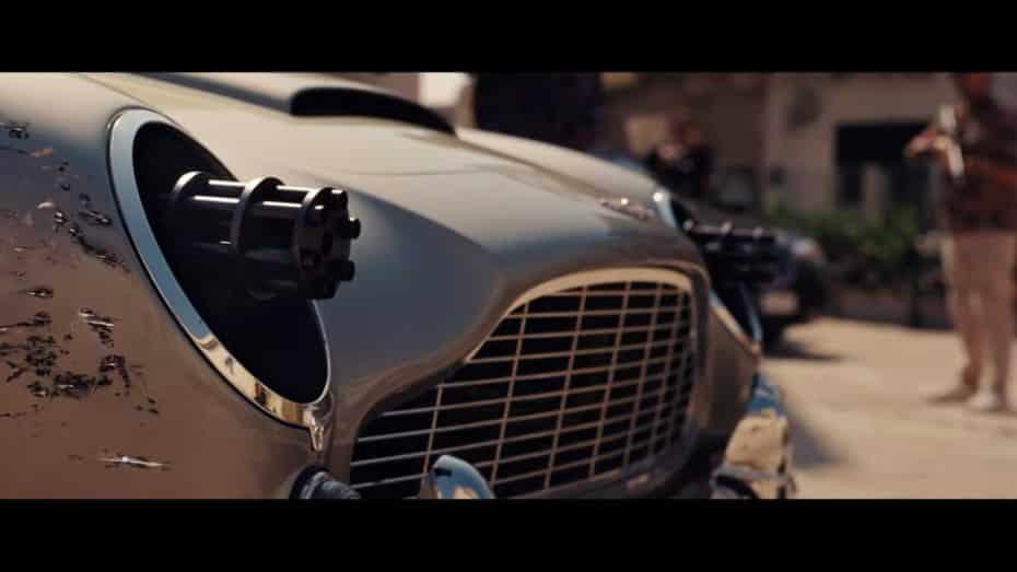 El tráiler de la última entrega de la saga Bond nos deja varios Aston Martin, Jaguar Land Rover y mucha acción