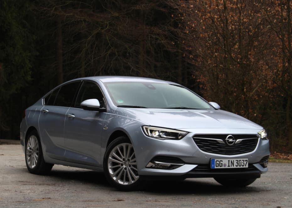 Este mes el Opel Insignia, a precio de saldo: Menos de 17 mil euros