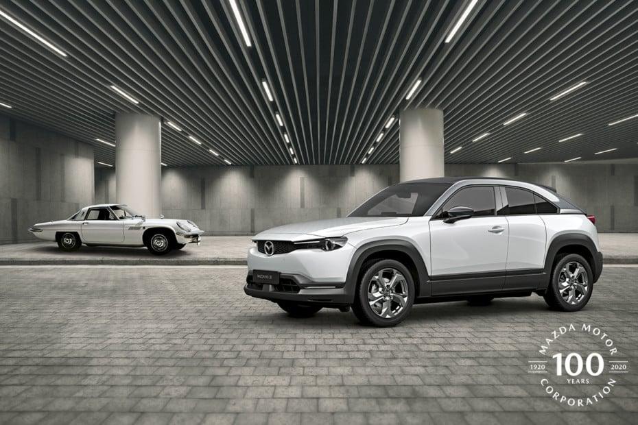 ¿Sabías que Mazda fabricaba derivados de corcho y motos? Curiosidades de sus 100 años de historia