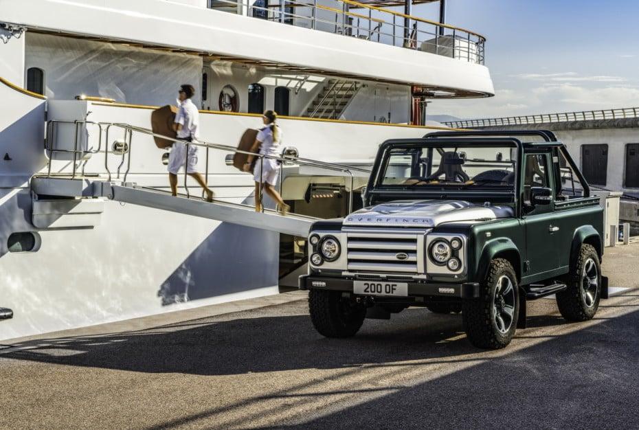 Este Land Rover Defender 90 es ahora una bestia V8 de casi 300.000 euros