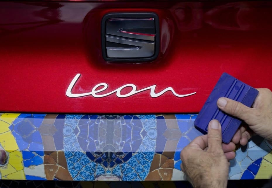 Así luce el nuevo SEAT León 2020 con un camuflaje único