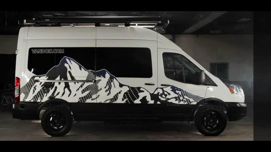 El LIV de VanDOit es la Ford Transit AWD camper más polivalente que vas a encontrar