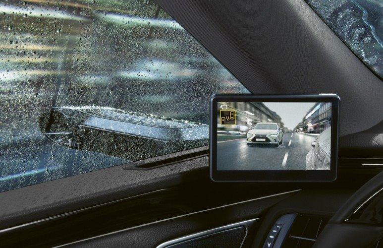 Los retrovisores con cámara de Lexus llegan a Europa: Un poco «pegote» pero mejor ubicados