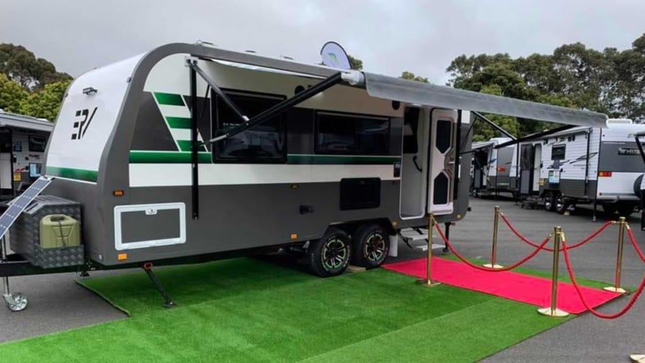 Así es el Retreat Caravans E-RV 2020: Lujo fuera del asfalto 100% eléctrico