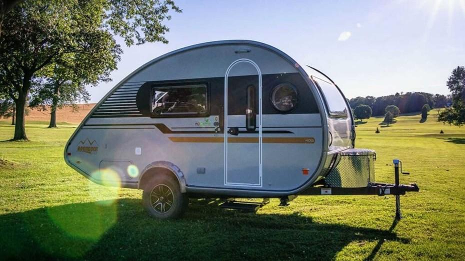 El TAB 400 Solo es la caravana ideal para aquellos que disfrutan viajando con su soledad iluminadora