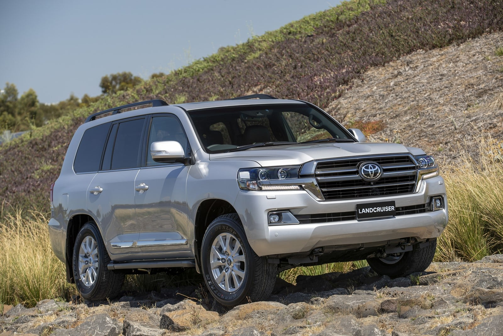2020 Toyota Land Cruiser New Review