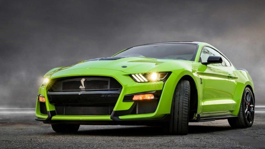 Ya puedes hacerte con el Ford Mustang Shelby GT500 en Europa, pero no sale barato