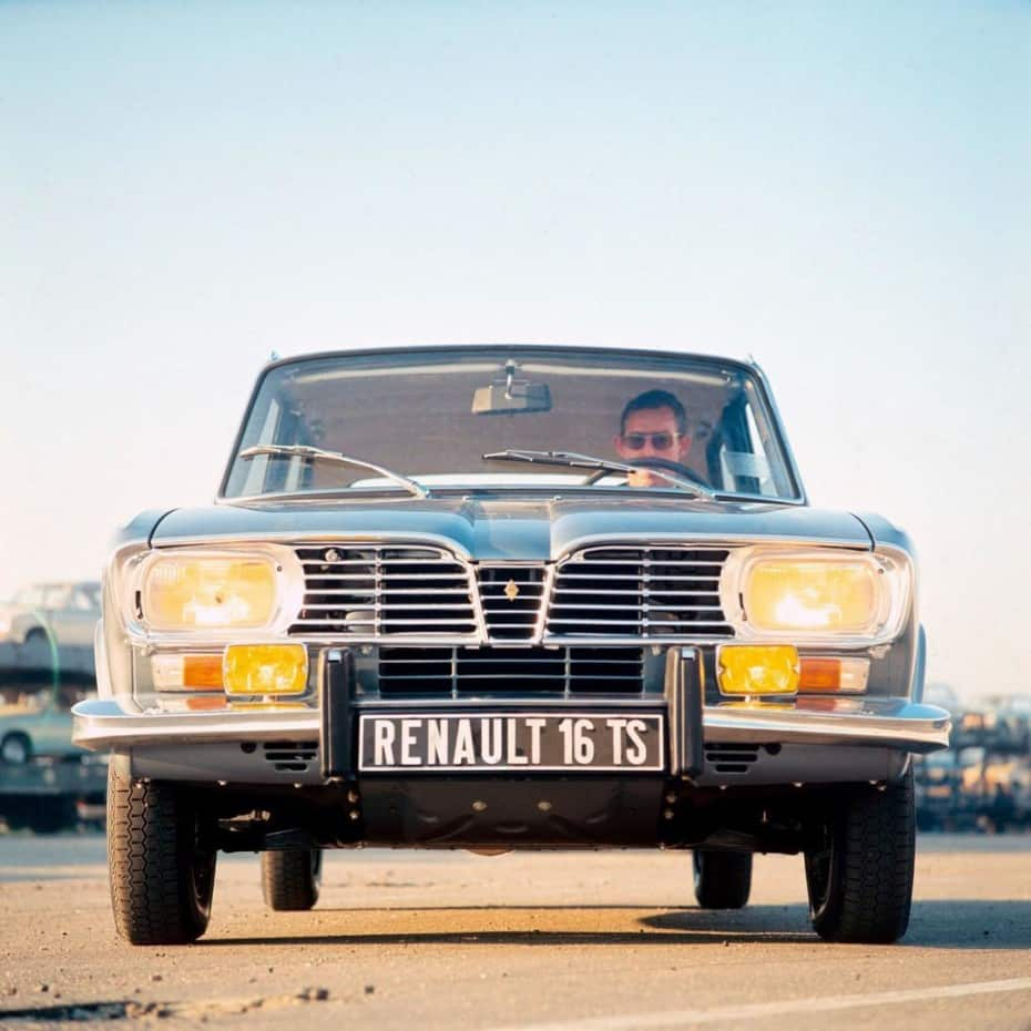 Se cumplen 50 años desde que salió de la fábrica el Renault 16: ¿Pionero?